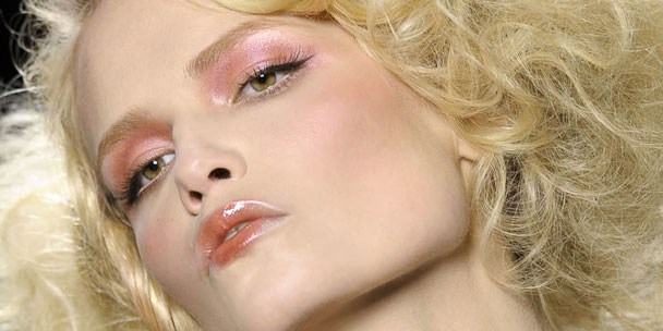 maquillage-brillant-dior-ah-2010-2011