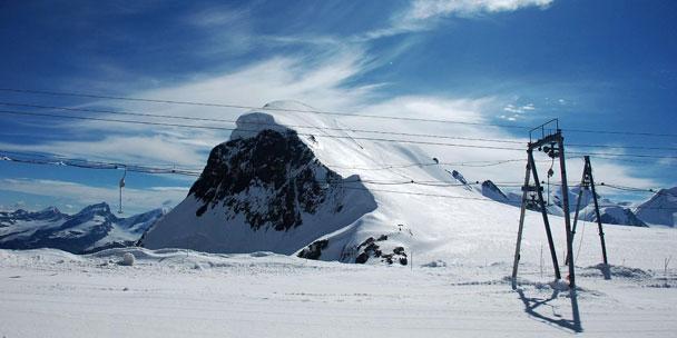 skier en europe zermatt