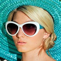 lunettes-solaire-printemps-2012-alice-olivia-3