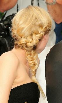 Diane Kruger avec une tresse (petit)
