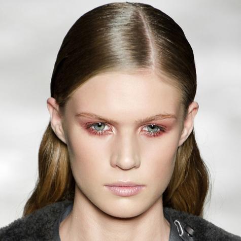 Tendances maquillage automne-hiver 2013-2014: la paupière rouge