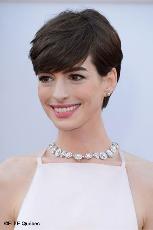 Anne Hathaway tendances tapis rouge