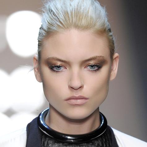 Tendances maquillage automne-hiver 2013-2014: les reflets métalliques