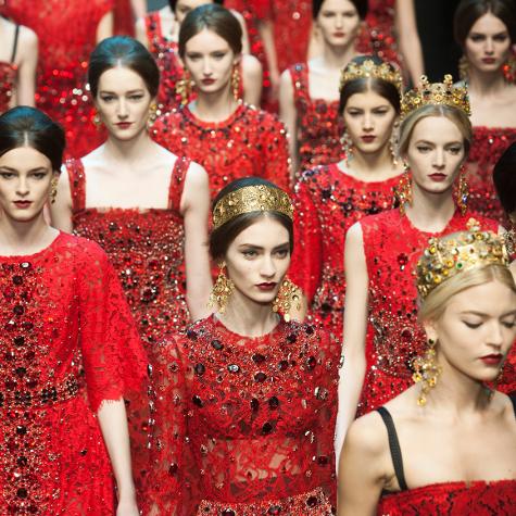Tendances mode automne-hiver 2013-2014: le rouge flamboyant