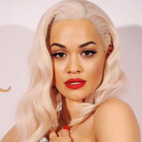 Rita Ora look maquillage
