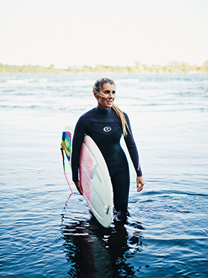 annie-carrier-surfeuse
