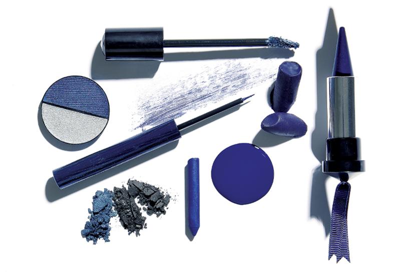 6780409c-29fc-4c6b-8557-e85cc39e2d2e-shopping-beaute-bleu.jpg