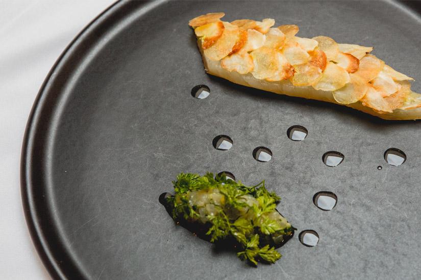 Recette: Daurade en écailles de pommes de terre, du chef Julien Ouellet