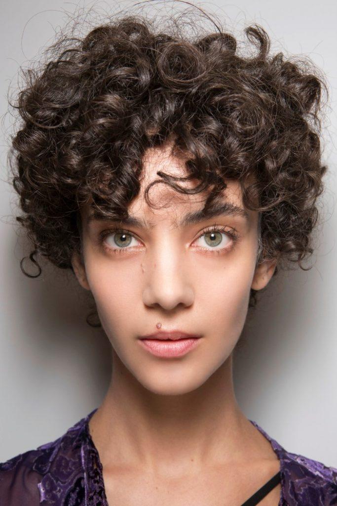 Cheveux: 20 idées de coupes courtes pour 2017