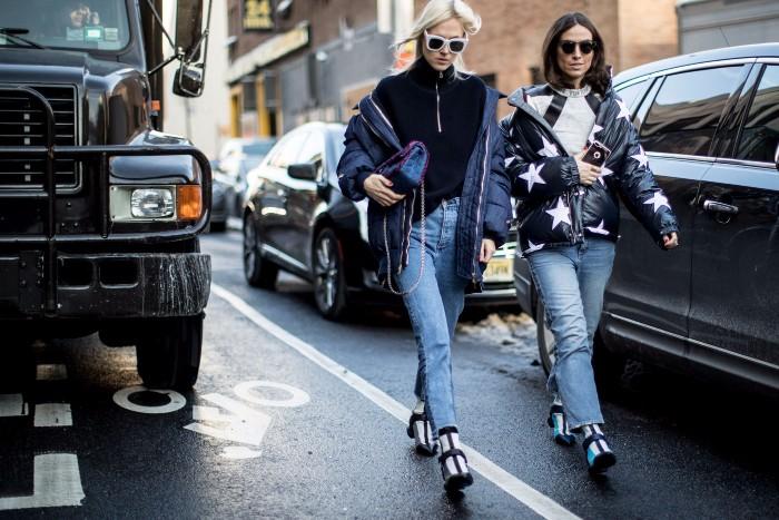 Street style : les looks vus à la Fashion Week de New York Automne-Hiver 2017