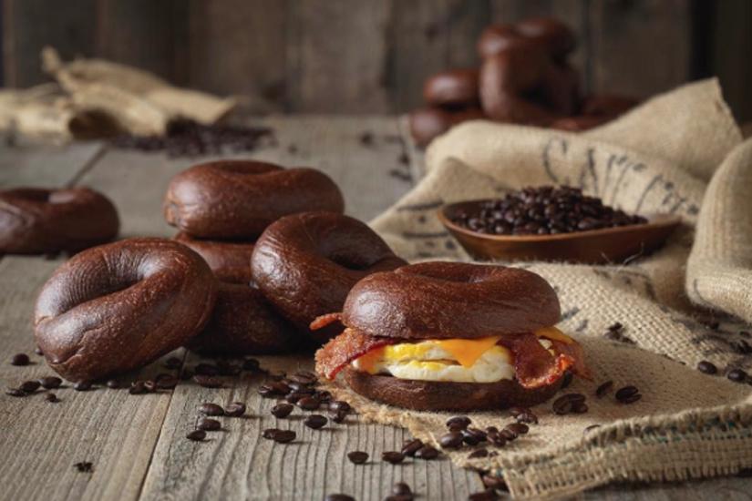 accro-au-cafe-vous-allez-adorer-ce-bagel-cafeine-2