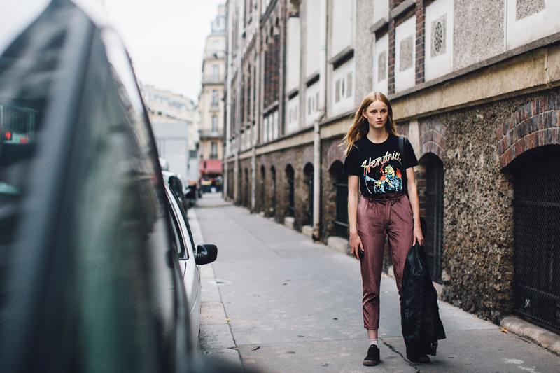 Paris-str-S18-449-800