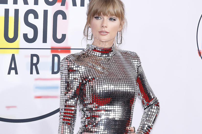 american-music-awards-2018-taylor-swift-2