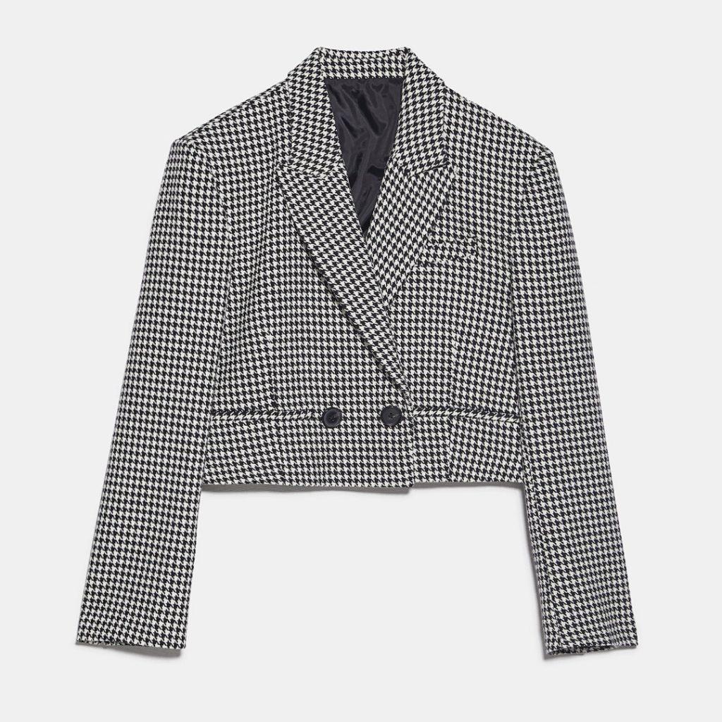 Blazer court en coton et polyester, de Zara