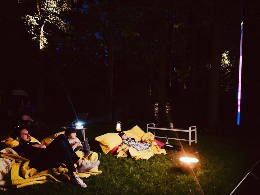 15 stars québécoises en vacances