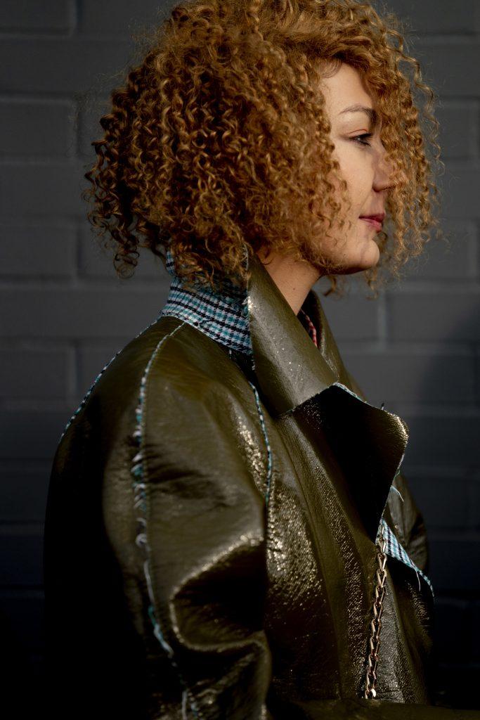 Cheveux bouclés: Plein feux sur les textures naturelles