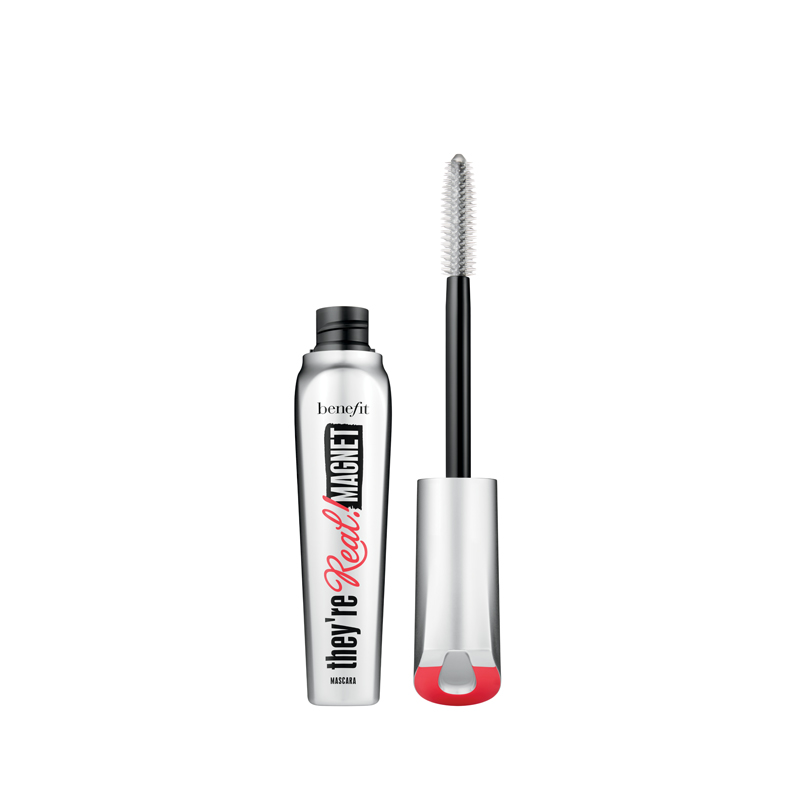 mascara they're magnet real benefit