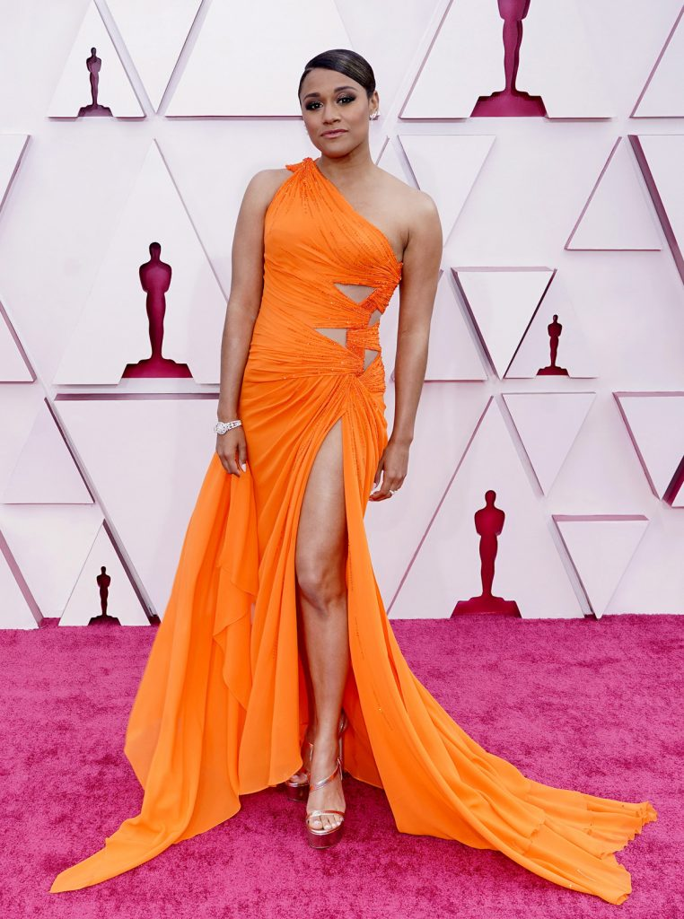 Oscars 2021: les plus beaux looks du tapis rouge
