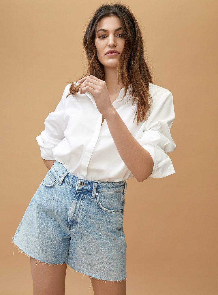 Shopping: les plus beaux shorts en jean tendance pour l'été 2021