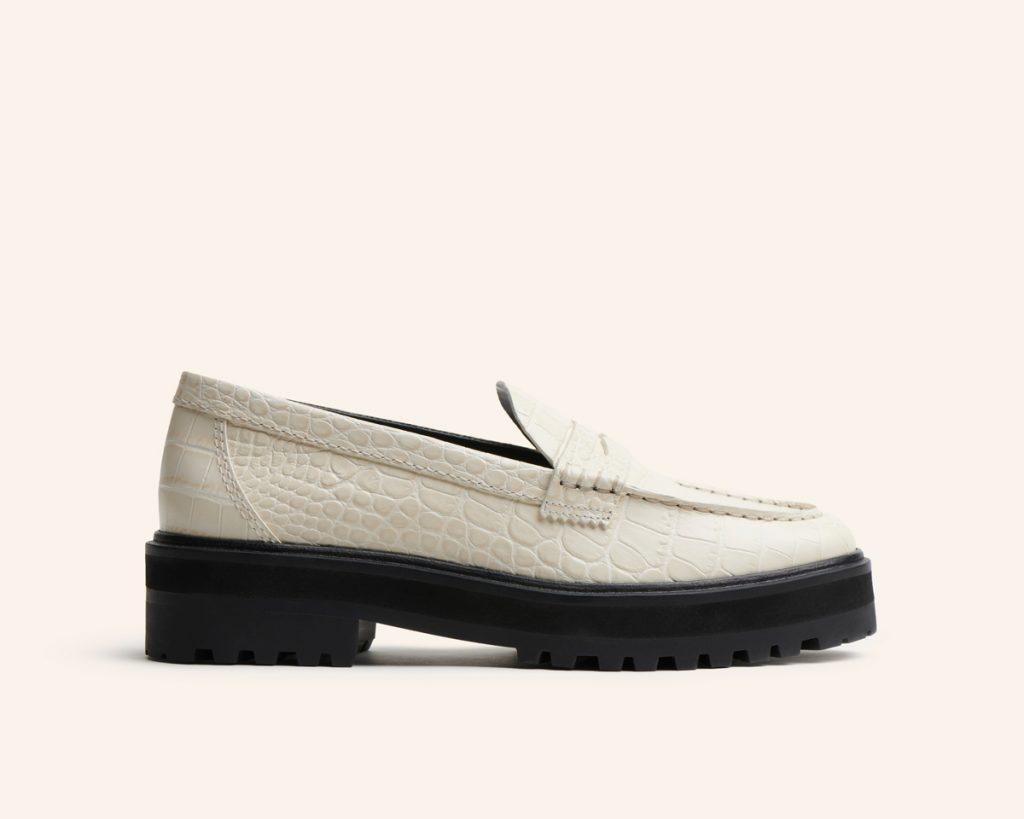 Reformation lance une collection de chaussures écoresponsable