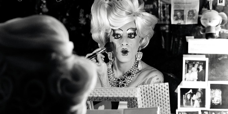 eq375-website_drag-queens