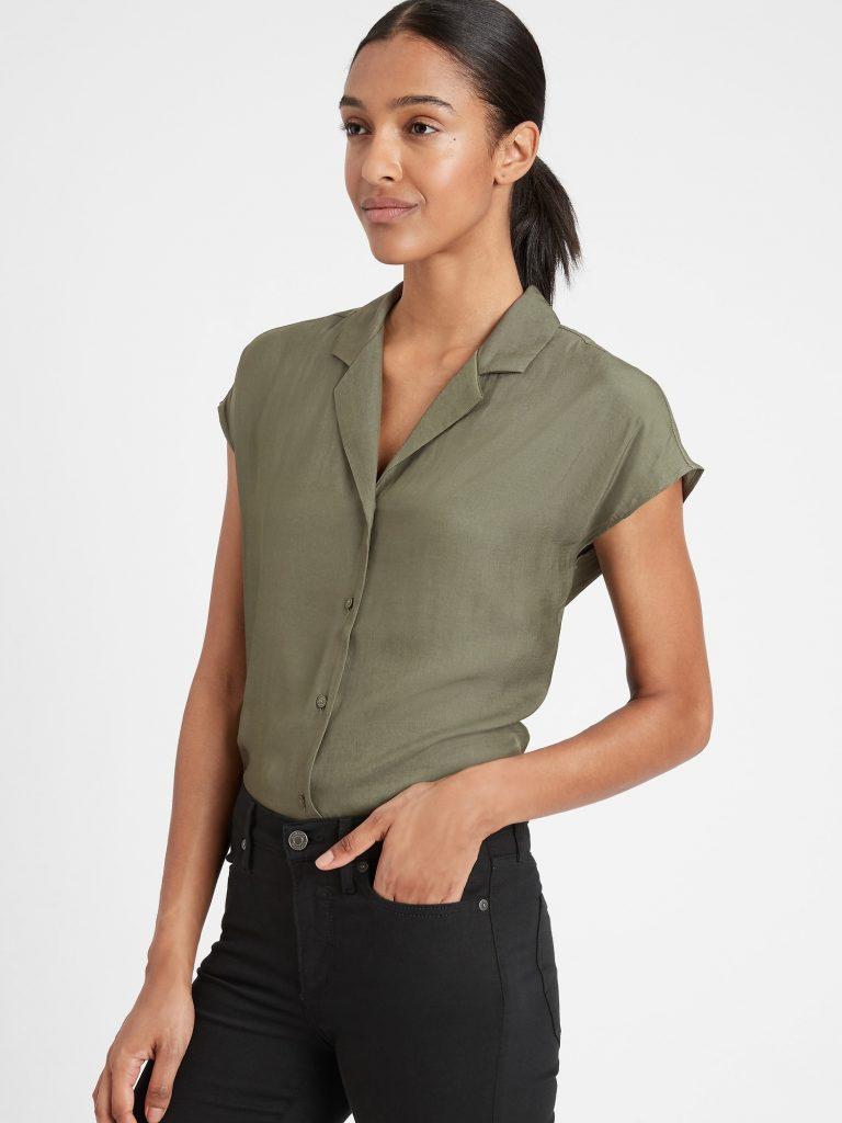 Shopping: 8 chemises légères pour l'été 2021